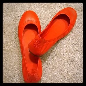 NWT Tory Burch Poppy Red Ballet Flats Size 8.5